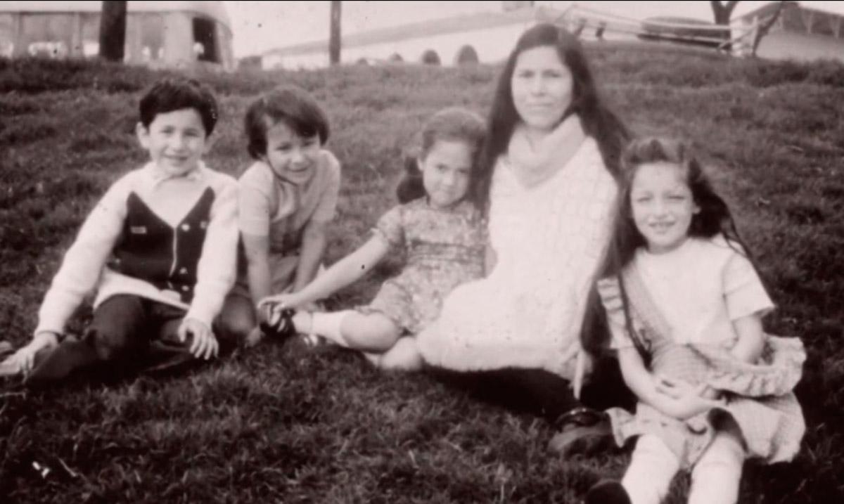 Biografía de María Luisa Piraquive